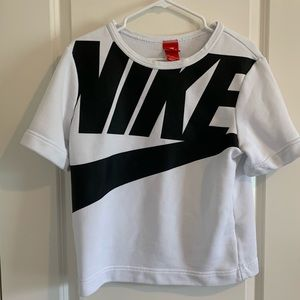 Woman's NIKE Sweatshirt Tee